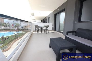 Luxury apartment close to the beach  in Lexington Realty