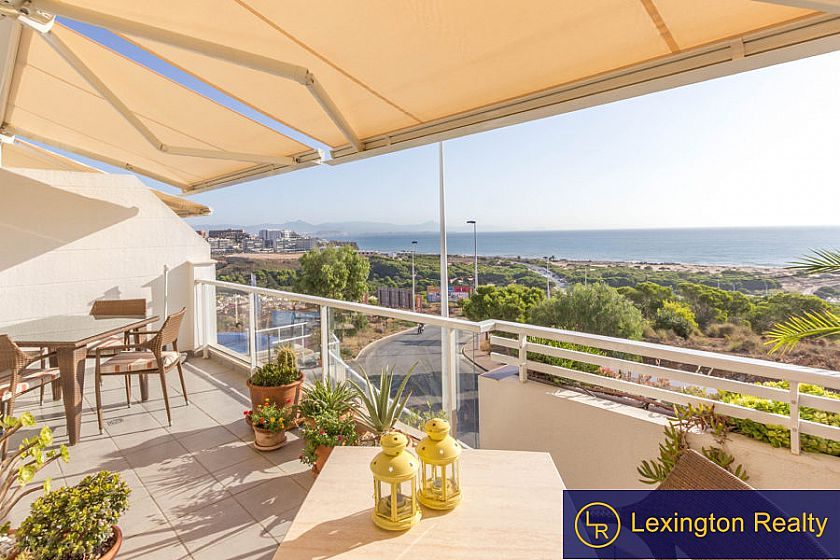 Beautiful sea view apartment for sale