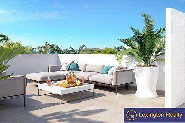 Elegant villa in La Marina in Lexington Realty