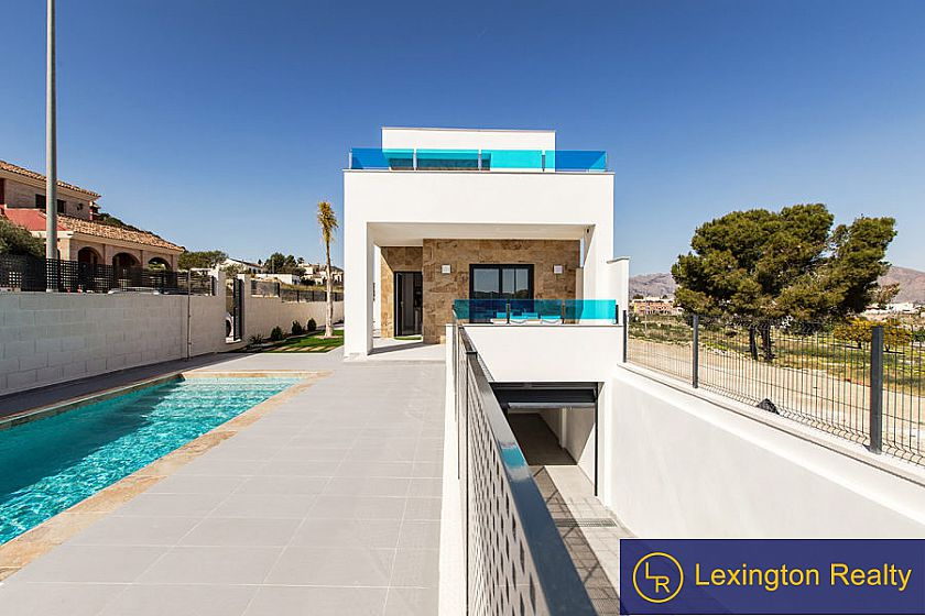 Villa for sale in Orihuela