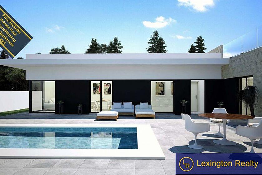 Spectacular new build villas