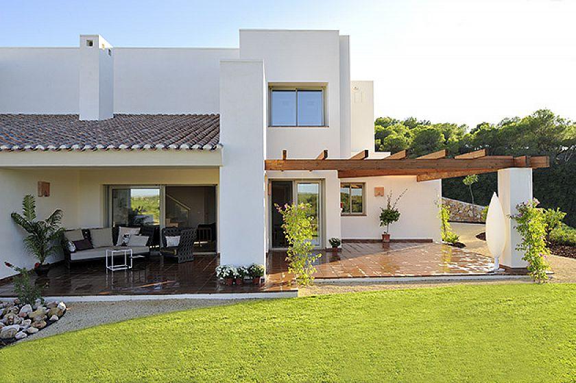 Luxury villa on the golf course